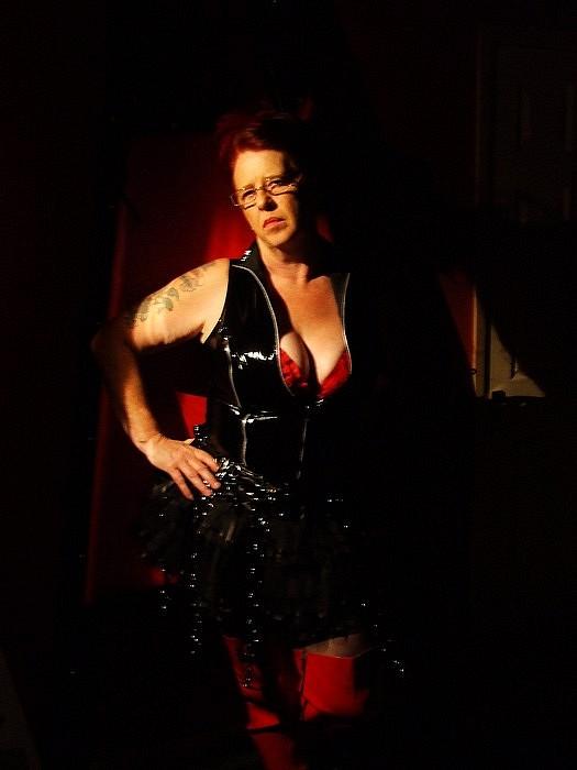 Newport Mistress